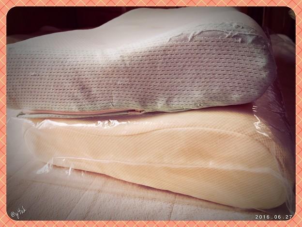 Photos: ついでに枕も4(8)年ぶり購入 ~New pillow
