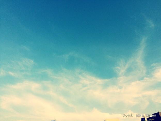 17:47sunset blue ~心地よい夕刻の空