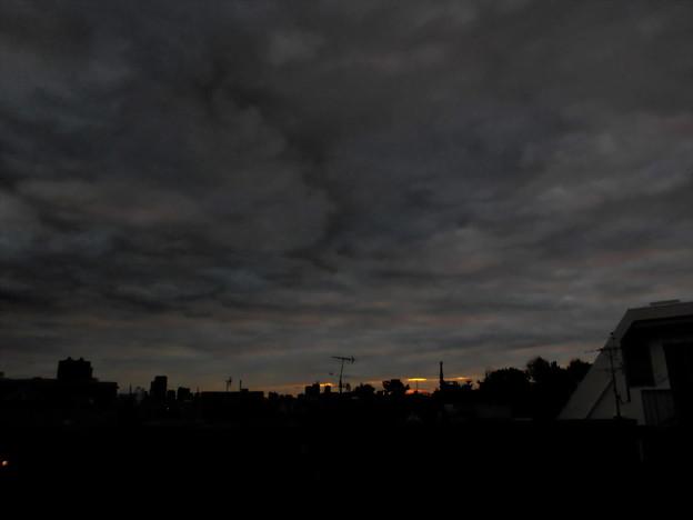 重い夜明け_2016.12.07.-02b