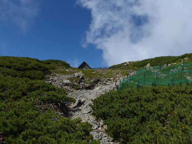 中岳避難小屋