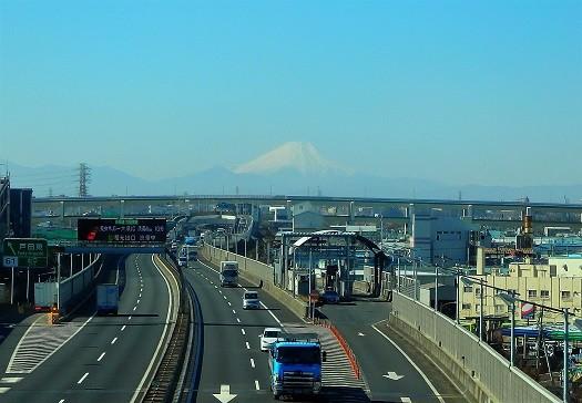 東北新幹線からの富士山