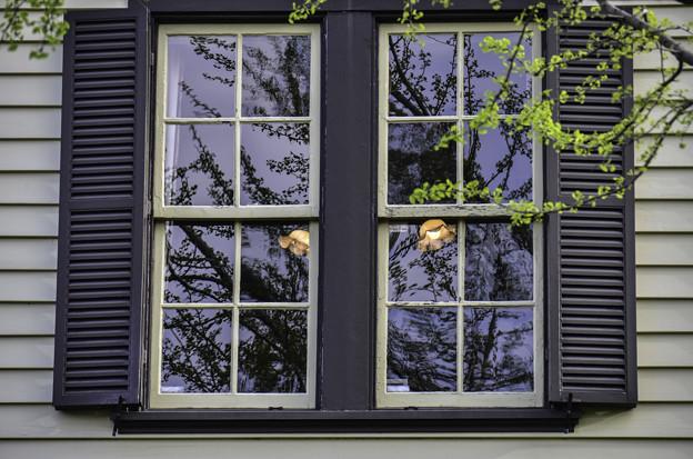 Photos: 窓「外交官の家」