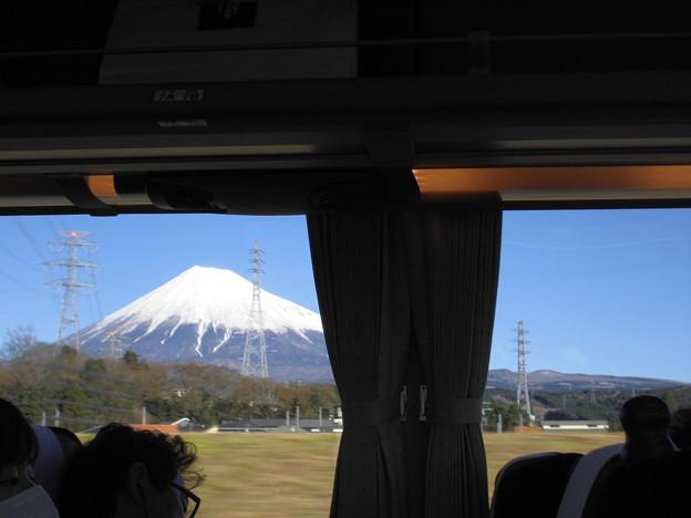 バスから見える富士山