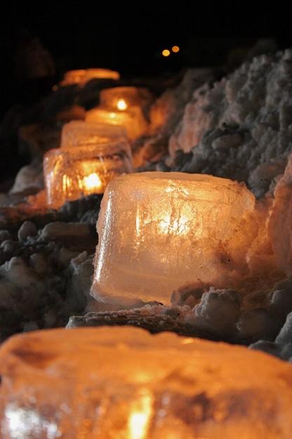 雪原に燈るランタン