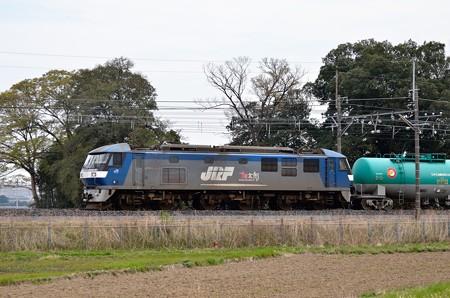 EF210-161牽引石油列車