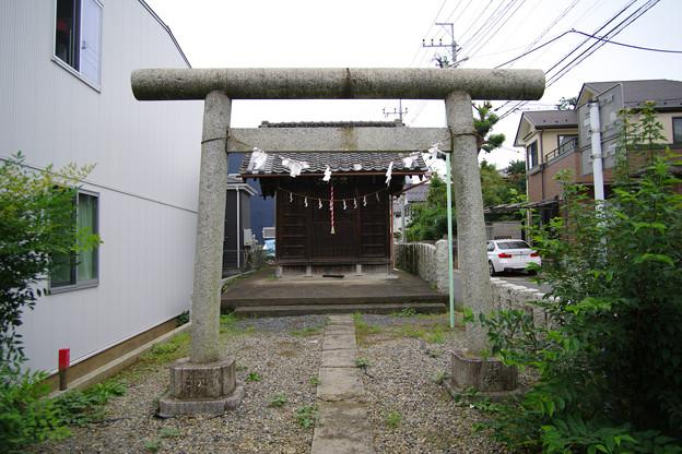 久保町の小さな神社