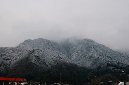 談合坂SAから見た山