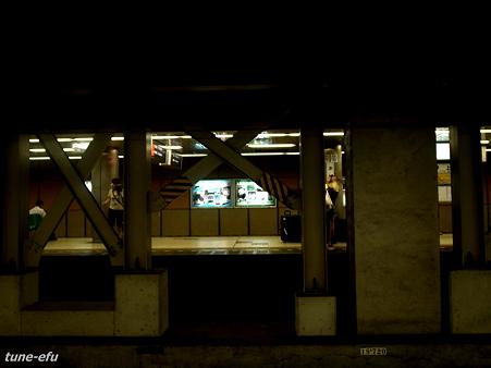 地下鉄劇場