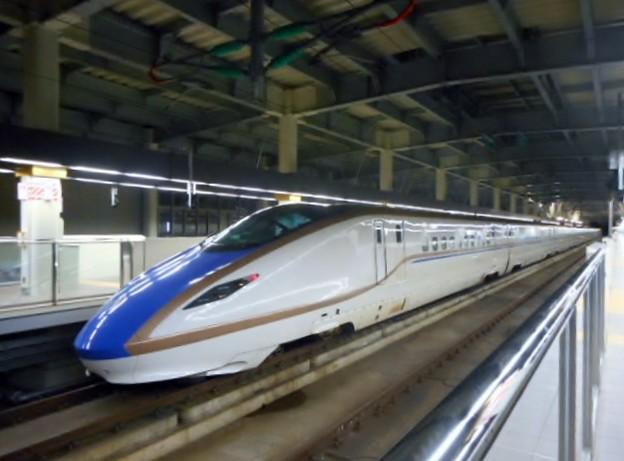 E7系F7編成(12両編成)金沢始発つるぎ726号富山行き