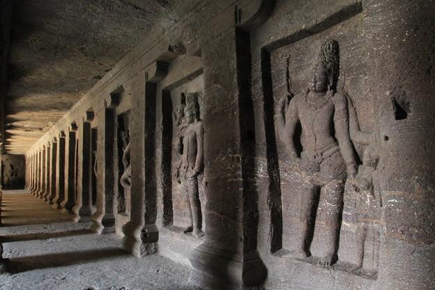 写真: 2235 エローラ石窟寺院@インド