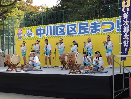 10/23(日) 中川区区民まつりでシャオロンとパオロンに会いました(コノハ警部たちもいるよ)。