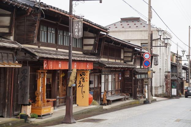 井波 八日町通り 2