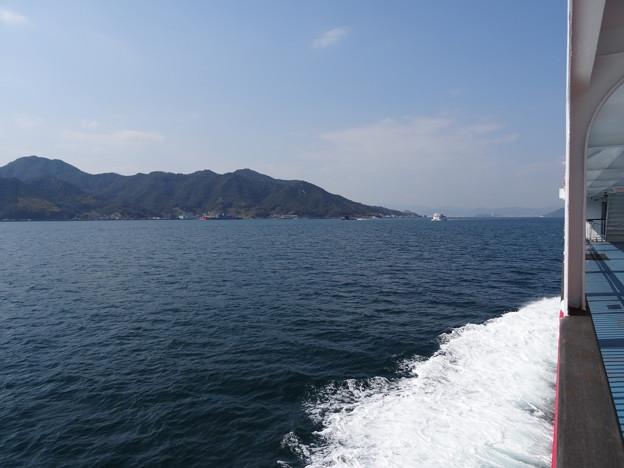 フェリー乗船(呉 ~ 広島港)   DSC00492