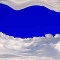 Photos: 雲間の海