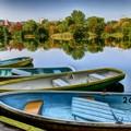 写真: ボート乗り場の秋