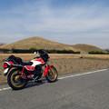 古墳とバイク