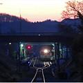トライライト朝の駅