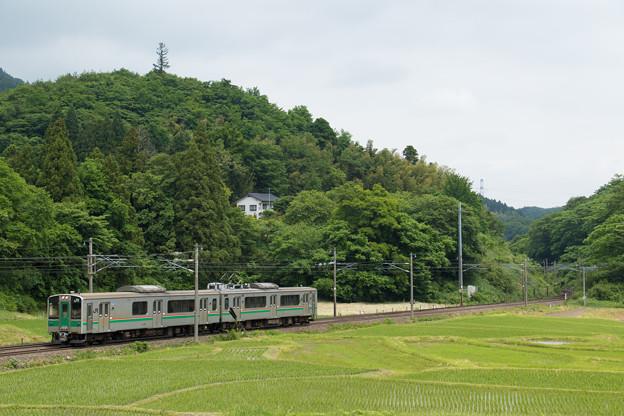 Photos: 701系@越河