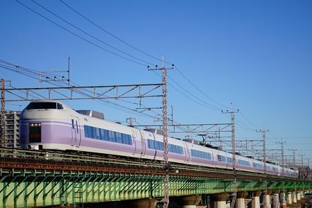 E351系「スーパーあずさ5号」@多摩川橋梁