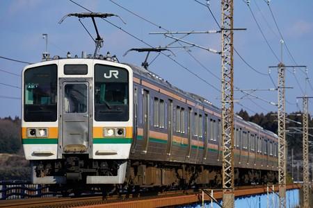 211系@蒲須坂鉄橋