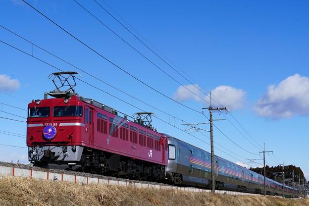 Photos: 8010レ EF81-98牽引カシオペア紀行@蒲須坂築堤2