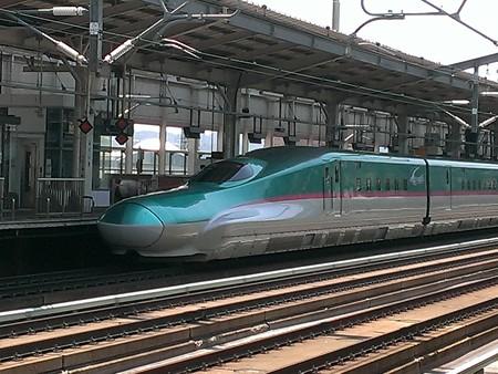 E5系でーす 福島駅