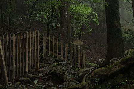 玉置神社・三石社