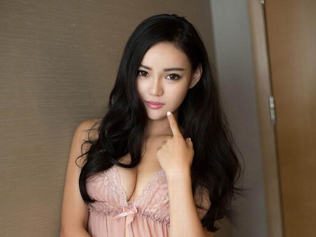 『長い髪のセクシー小姐 露出もすごい(笑)』12-01 今日の気になる小姐 (2)