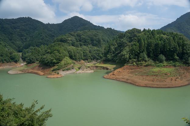 【宮ヶ瀬湖】