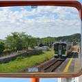 Photos: ミラー越しの久留里線