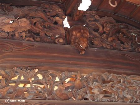 九山新之丞の子息、九山新太郎作 瀧尾神社本殿 彫り物 PC110805