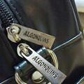 写真: ファスナーの引き手のところに「ALGONQUINS」って入ってる!細かいところ...