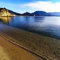 写真: 広い砂浜
