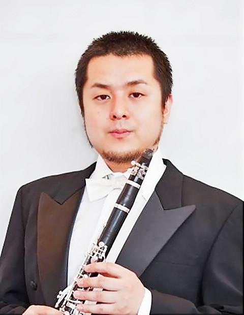 粟生田直樹 あおうだなおき クラリネット奏者          Naoki Aouda
