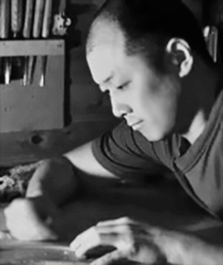 ヴァイオリン、弦楽器製作家  坂本忍 さかもとしのぶ     Shinobu Sakamoto