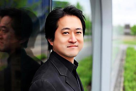 写真: 村上寿昭 むらかみとしあき 指揮者 コレペティトール     Toshiaki Murakami