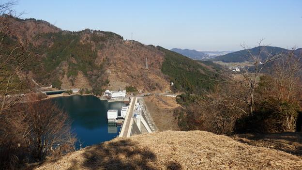 Photos: 宮ヶ瀬ダムが見下ろせる見晴台に到着♪