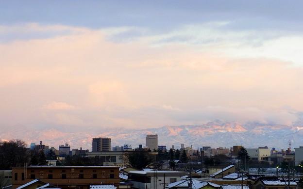雲・夕陽・山