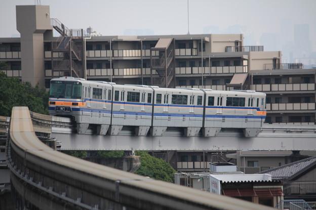 大阪モノレール2000系2117F