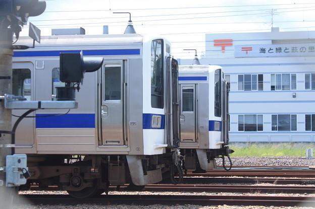 Photos: 高萩駅留置されている415系1500番台 (5)