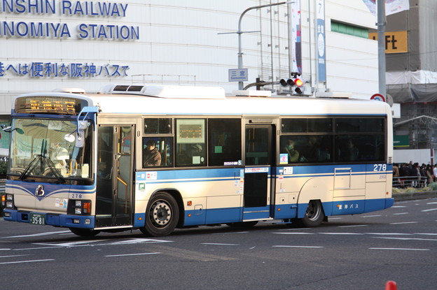 阪神バス 278号車