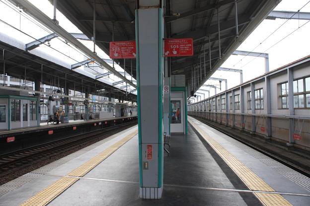 曽根駅1番線・2番線ホーム