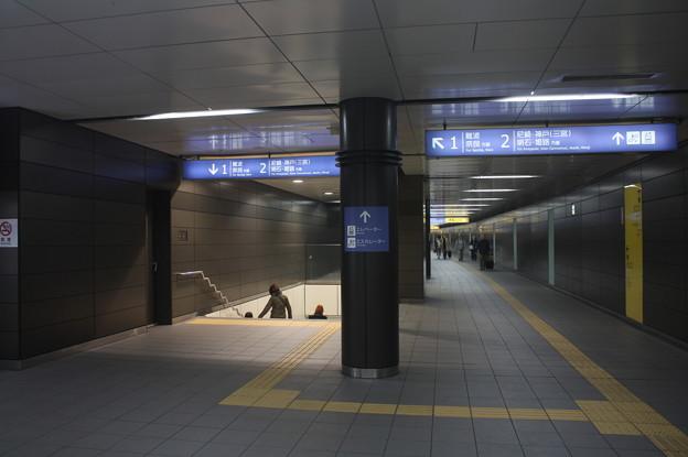 阪神なんば線 九条駅 改札内コンコース