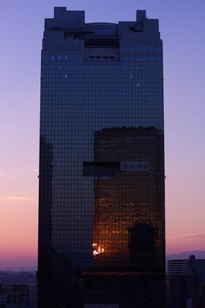 ビルの中の夕焼け