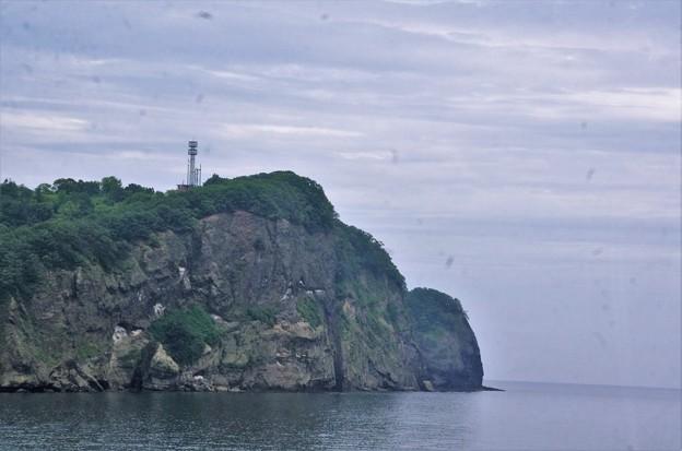 IMGP0335  こんな半島状の岬が連続します