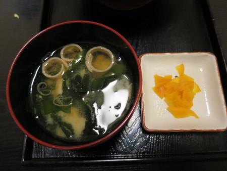 粋菜庵しなの 味噌カツ丼(全国ご当地どんぶりまつり限定) 副菜の様子