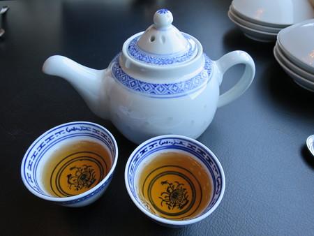 カントニーズレストラン 梵(Bon) 烏龍茶
