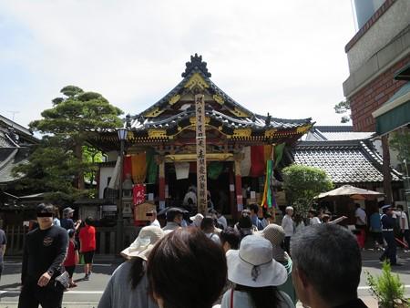 平成27年 世尊院釈迦堂前 回向柱