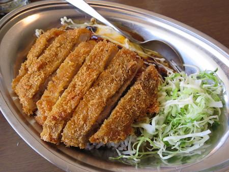 インデアンカレー 魚津店 ヤサイタマゴカレー トンカツトッピング 辛口¥760