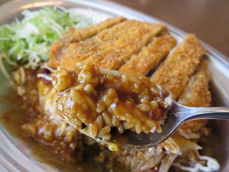 インデアンカレー 魚津店 ヤサイタマゴカレー トンカツトッピング 辛口 ライスアップ